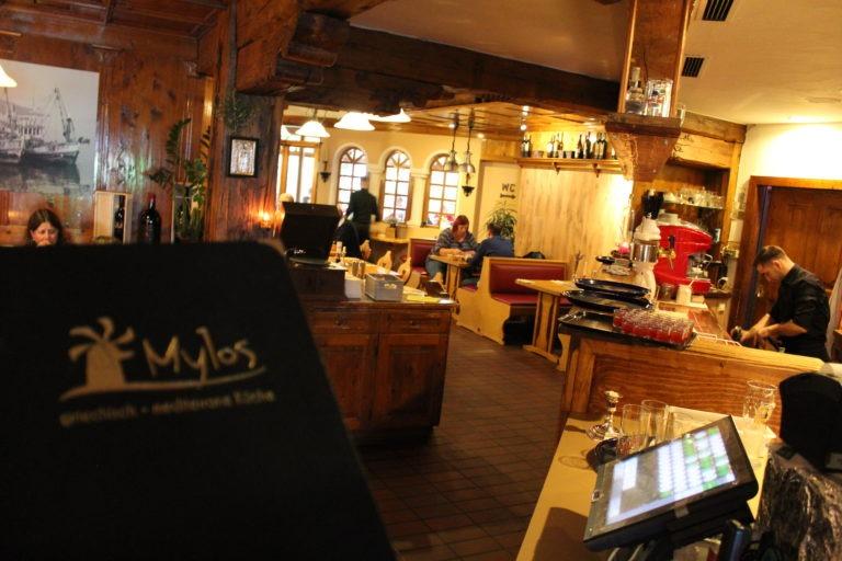 Speisekarte und Restaurantbar